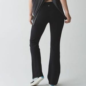 Lululemon Groove reversible flare black pants